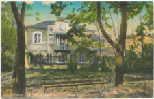 Kielce. Domek w Ogrodzien Staszica.