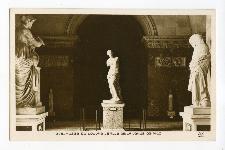 Musee Du Louvre - Salle de la Venus de Milo